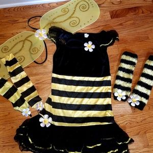Girls bumble bee costume Jr med.  Wore as 10?